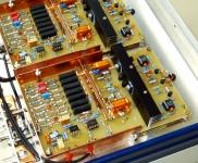 Dual- Elektrometerverstärker mit Spannungsquelle